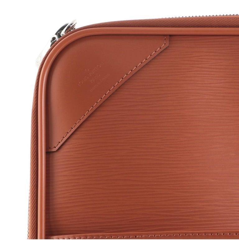 Louis Vuitton Pegase Luggage Epi Leather 45 For Sale 2