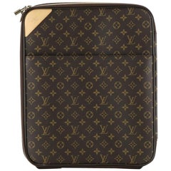 Louis Vuitton: Pegase Luggage Monogram Canvas 45