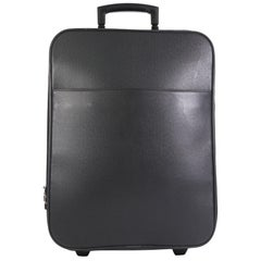 Louis Vuitton Pegase Luggage Taiga Leather 45