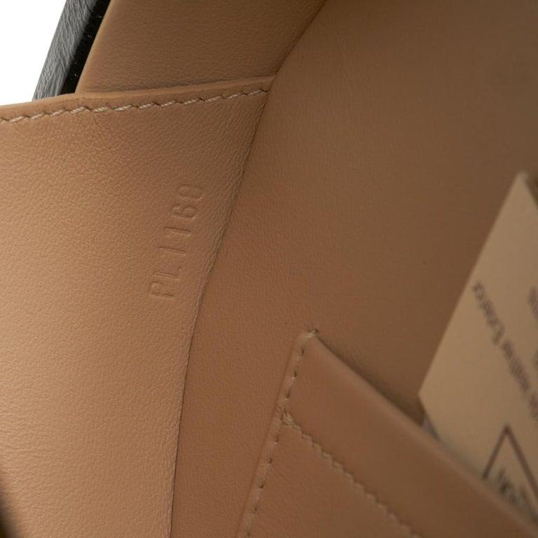 Louis Vuitton Petite Boite Chapeau Reverse Crossbody / Shoulder Bag New For Sale 11