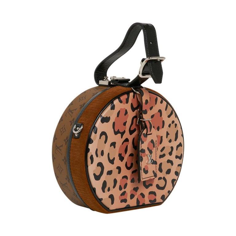 Louis Vuitton Petite Boite Chapeau Reverse Crossbody / Shoulder Bag New In New Condition For Sale In Miami, FL