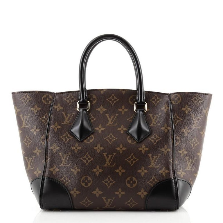 Louis Vuitton Phenix Tote Monogram Canvas PM In Good Condition For Sale In New York, NY