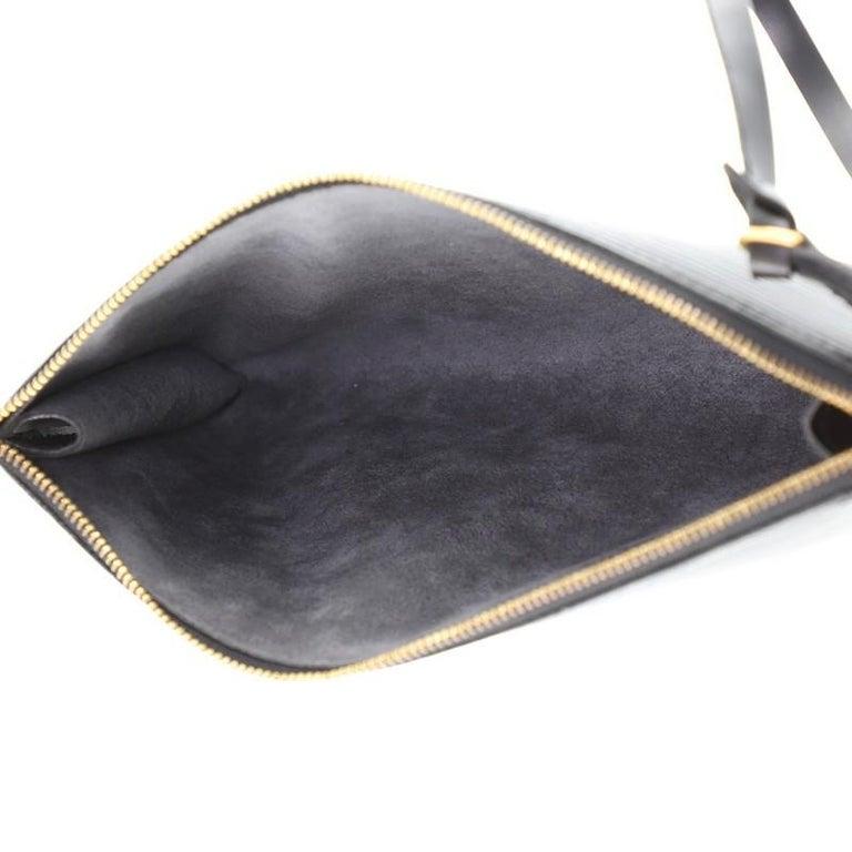 Women's or Men's Louis Vuitton Pochette Accessoires Epi Leather For Sale