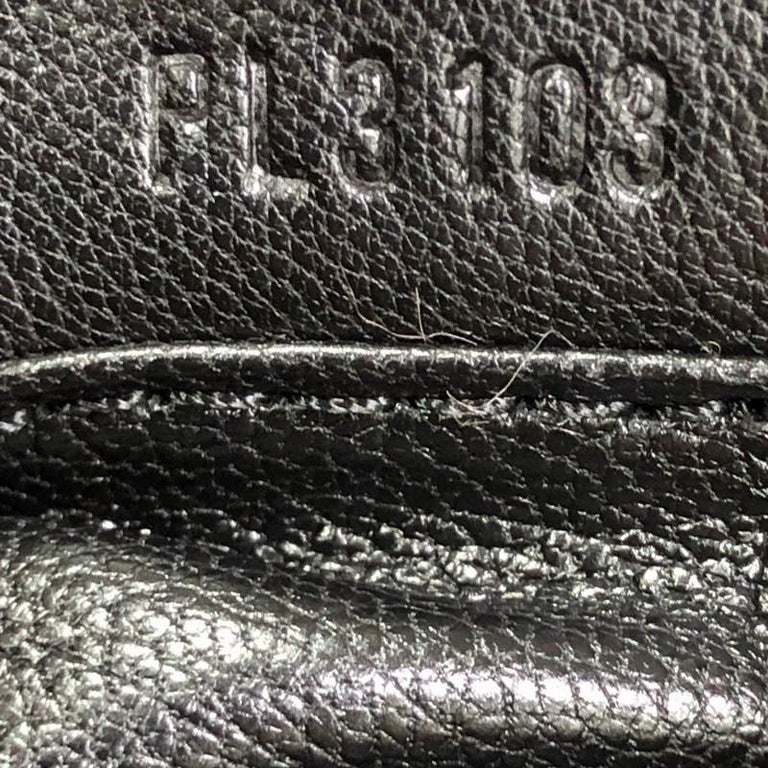 Louis Vuitton Pochette Accessoires Limited Edition Caresse Mink For Sale 3