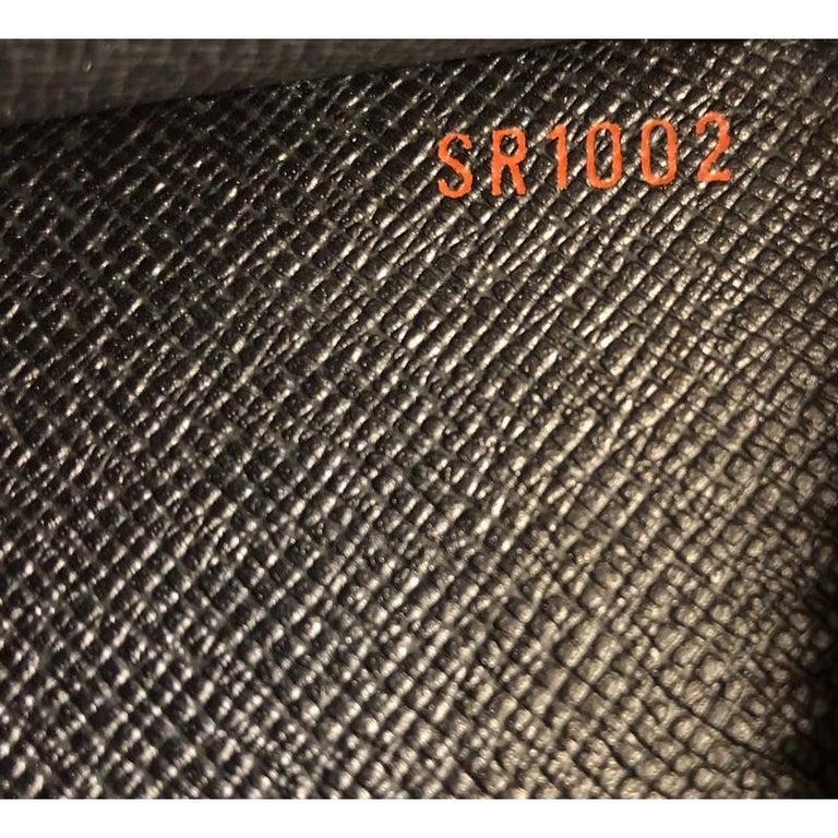 Louis Vuitton Pochette Homme Epi Leather For Sale 2