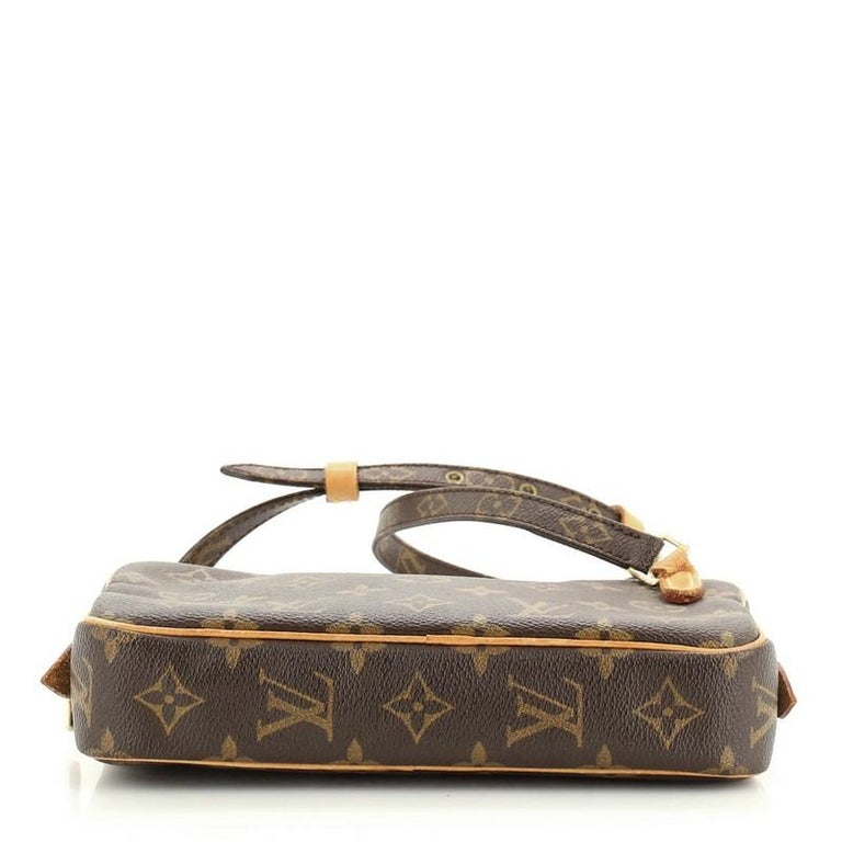 Louis Vuitton Pochette Marly Bandouliere Bag Monogram Canvas In Good Condition For Sale In New York, NY