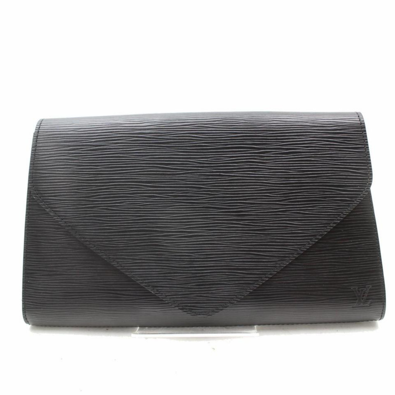 830a8741f6ac Louis Vuitton Pochette Noir Art Deco Envelope 869011 Black Leather Clutch  For Sale at 1stdibs