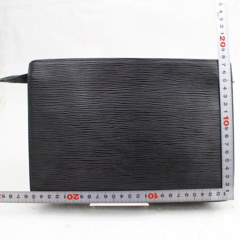 fd2b9b2a0de6 Louis Vuitton Pochette Noir Homme Zip Pouch 868818 Black Leather Clutch For  Sale 2