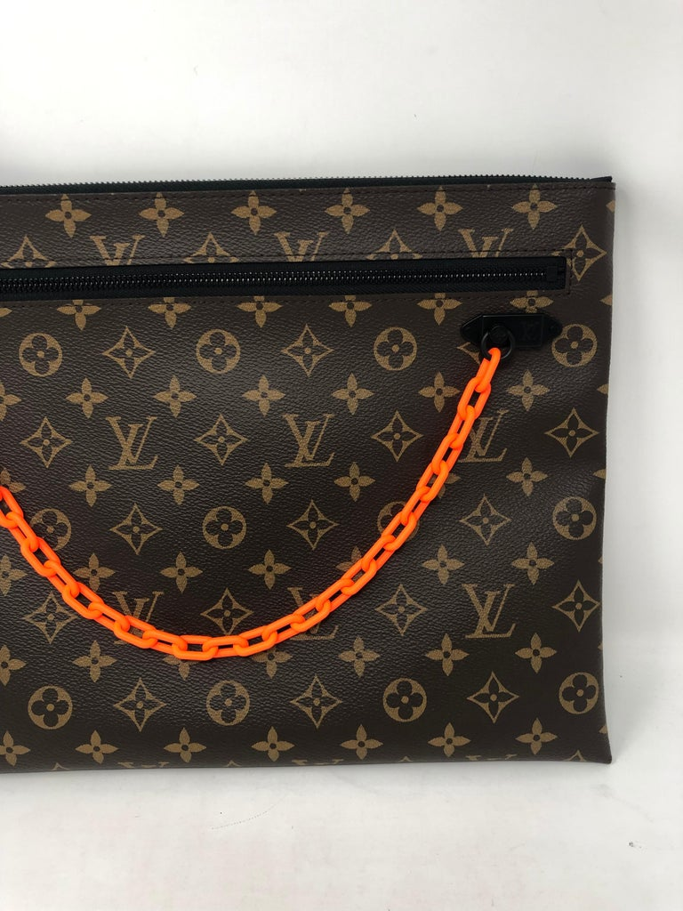 Black Louis Vuitton Pochette SS19 Virgil Abloh  For Sale