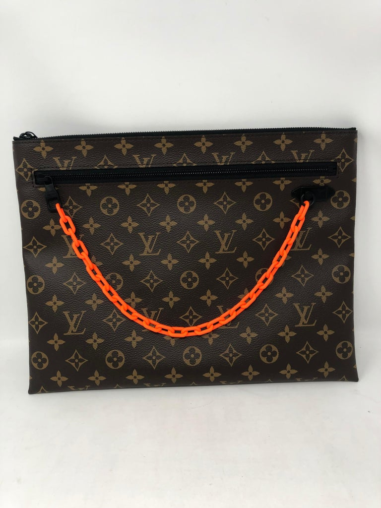 Louis Vuitton Pochette SS19 Virgil Abloh  In New Condition For Sale In Athens, GA