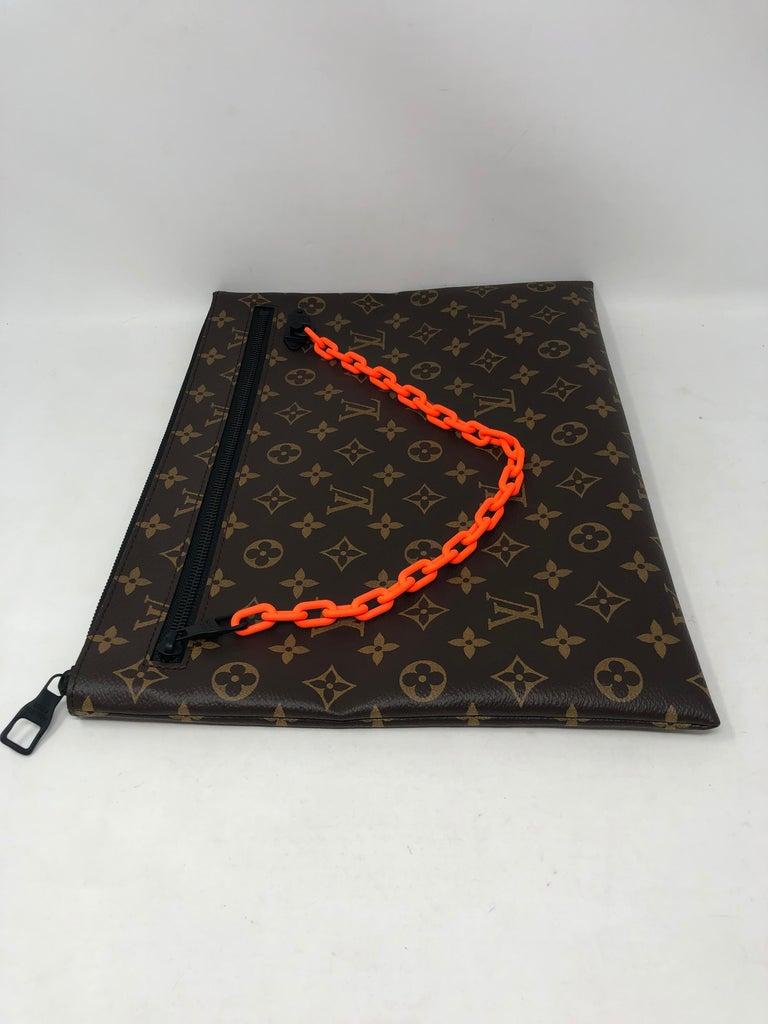 Women's or Men's Louis Vuitton Pochette SS19 Virgil Abloh  For Sale
