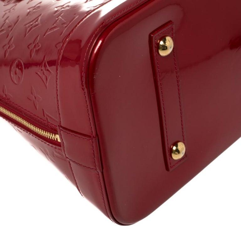 Louis Vuitton Pomme D'amour Monogram Vernis Alma GM Bag For Sale 6