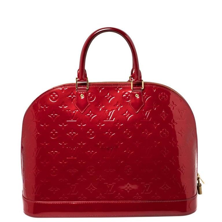Louis Vuitton Pomme D'amour Monogram Vernis Alma GM Bag In Good Condition For Sale In Dubai, Al Qouz 2