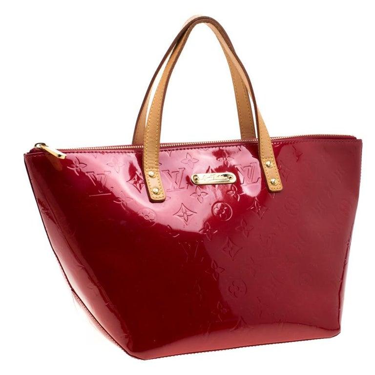 Women's Louis Vuitton Pomme D'amour Monogram Vernis Bellevue PM Bag For Sale
