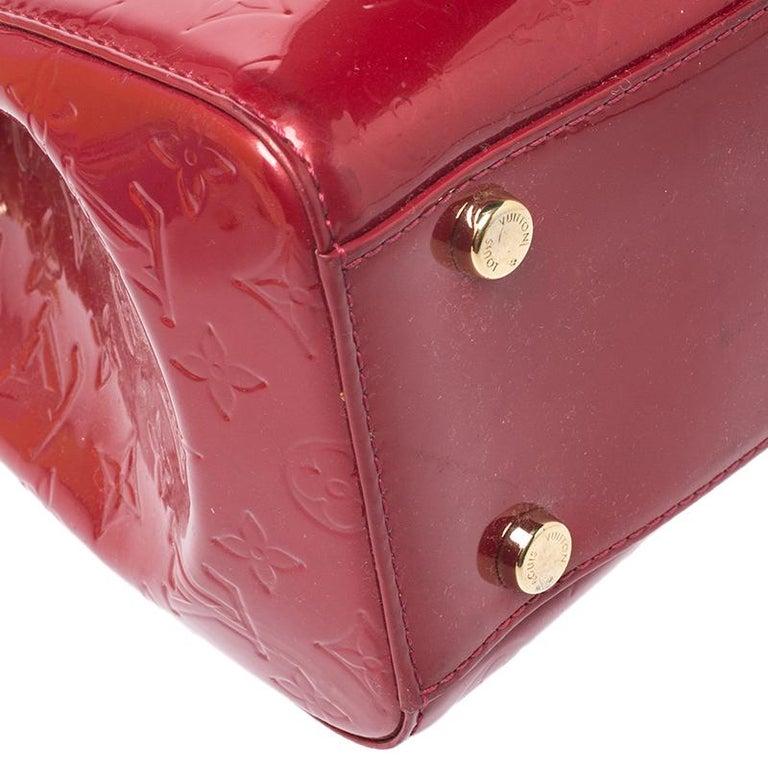 Louis Vuitton Pomme D'amour Monogram Vernis Brea GM Bag For Sale 4