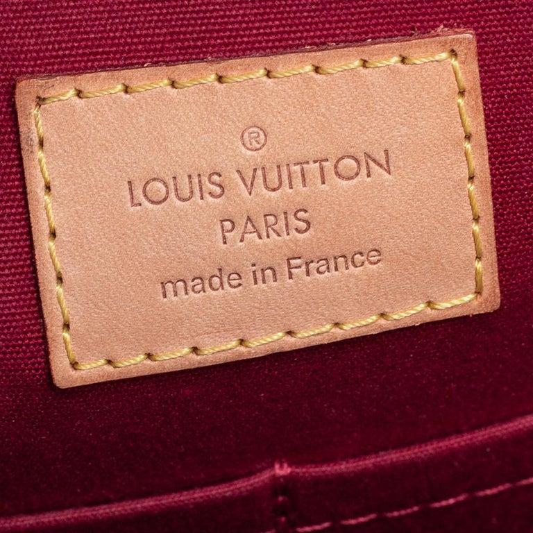 Louis Vuitton Pomme D'Amour Monogram Vernis Montana Bag For Sale 2
