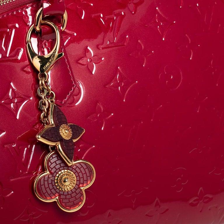 Louis Vuitton Pomme D'Amour Monogram Vernis Montana Bag For Sale 3