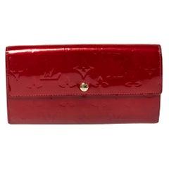 Louis Vuitton Pomme D'amour Monogram Vernis Sarah Wallet