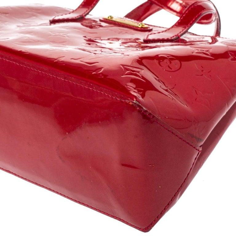 Louis Vuitton Pomme D'amour Vernis Wilshire PM Bag For Sale 2