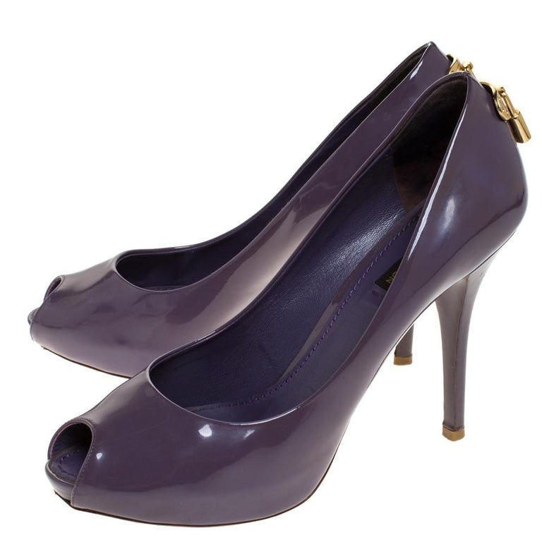 Louis Vuitton Purple Patent Leather Oh Really! Peep Toe Platform Pumps Size 38.5 For Sale 1