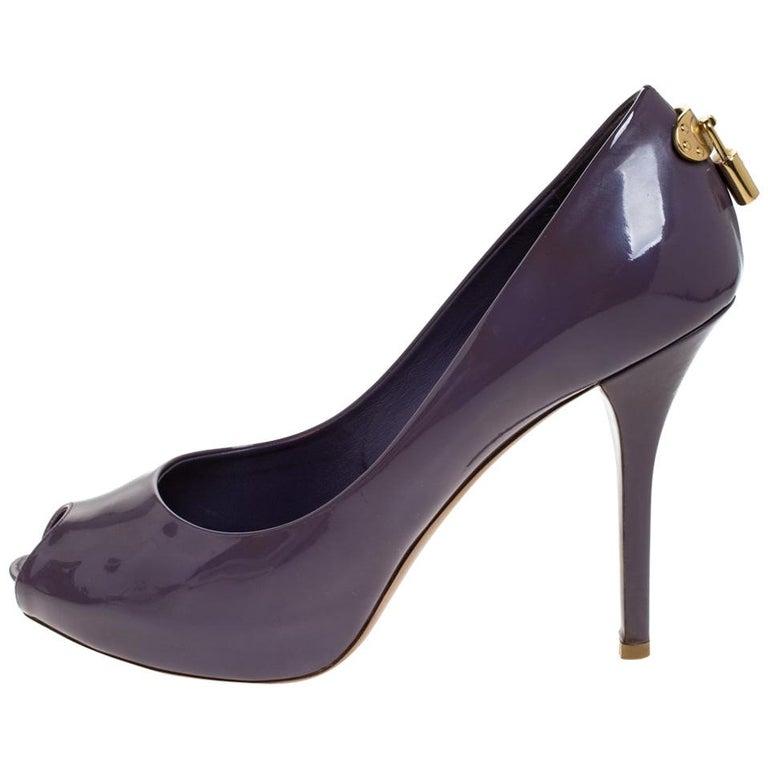 Louis Vuitton Purple Patent Leather Oh Really! Peep Toe Platform Pumps Size 38.5 For Sale