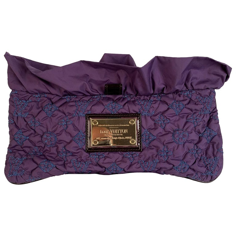 Louis Vuitton Purple Quilted Pochette Devi MM Clutch Bag For Sale