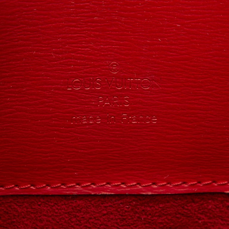 Louis Vuitton Red Epi Leather Cluny Shoulder Bag For Sale 2
