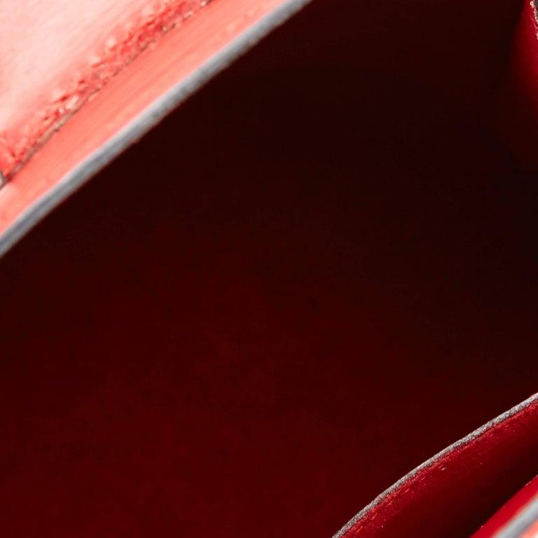 Louis Vuitton Red Epi Leather Cluny Shoulder Bag For Sale 3