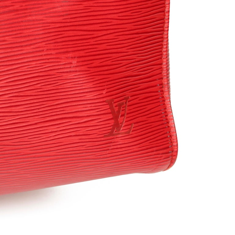Louis Vuitton Red Epi Leather Vintage Keepall 55 For Sale 2