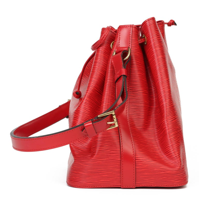 Louis Vuitton Red Epi Leather Vintage Petit Noé In Excellent Condition For Sale In Bishop's Stortford, Hertfordshire