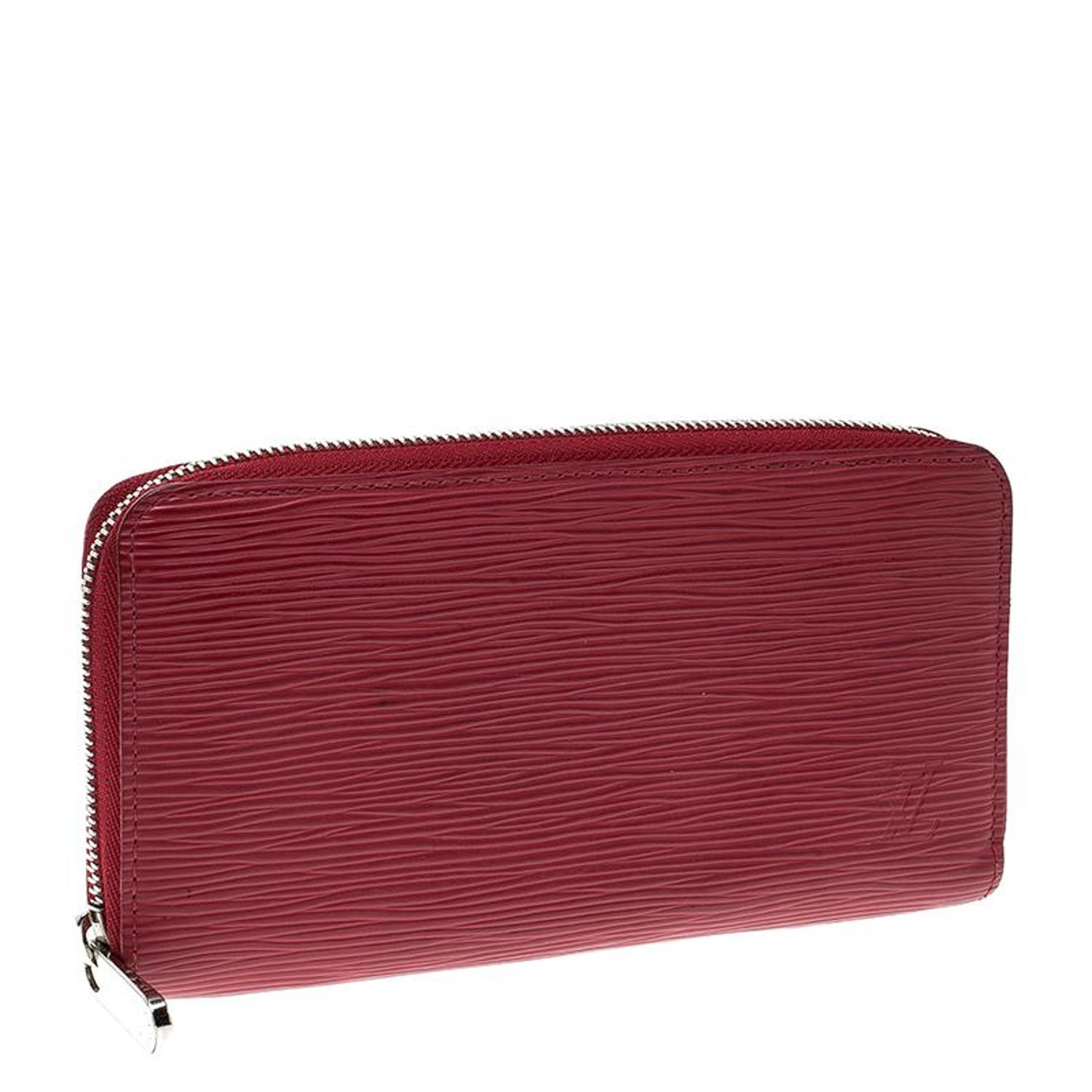 2bfd49e6e721 Louis Vuitton Red Epi Leather Zippy Wallet For Sale at 1stdibs