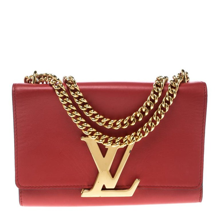 e941e8255b70 Louis Vuitton Red Leather Chain Louise MM Clutch For Sale at 1stdibs