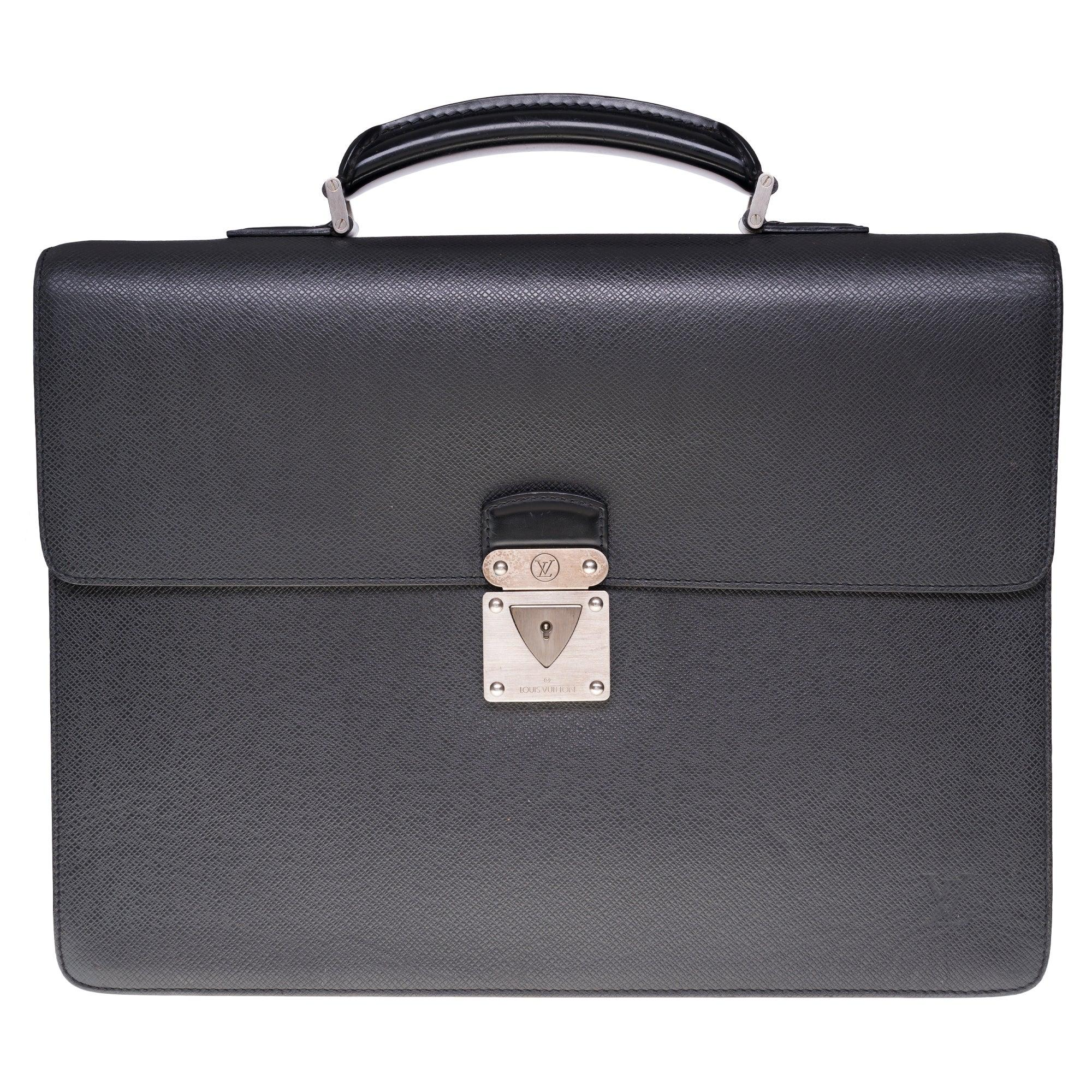 """Louis Vuitton """"Robusto"""" Satchel in grey Taïga leather and silver hardware"""