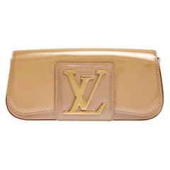 Louis Vuitton Rose Florentine Vernis Sobe Clutch