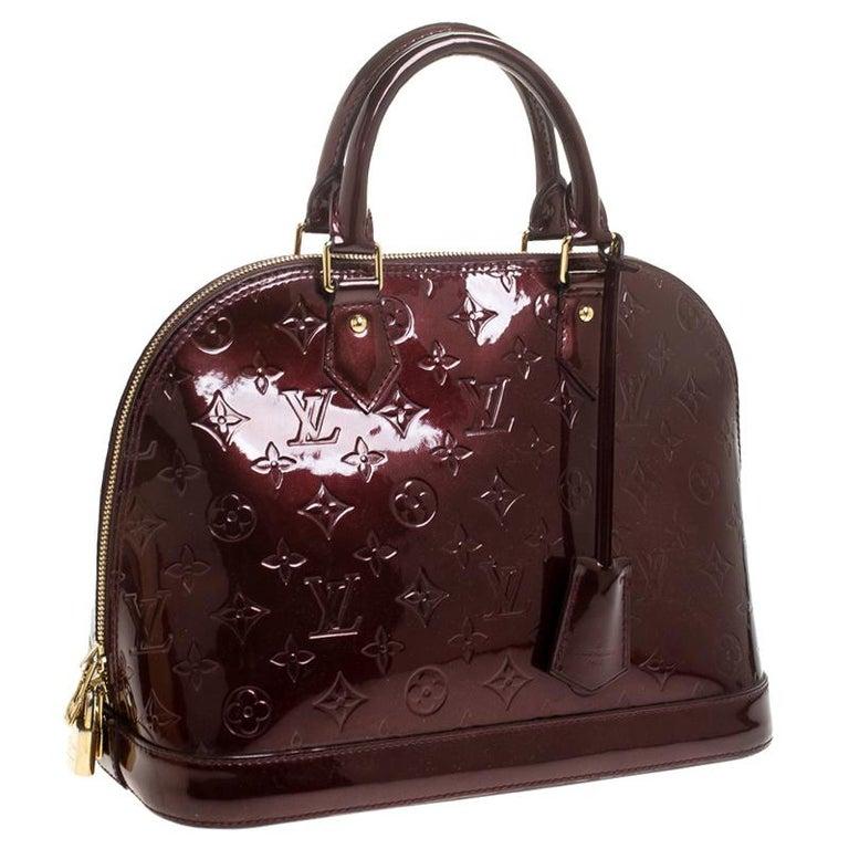 Louis Vuitton Rouge Fauviste Monogram Vernis Alma PM Bag In Good Condition For Sale In Dubai, Al Qouz 2