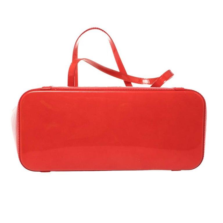 Louis Vuitton Rouge Grenadine Monogram Vernis Avalon GM Bag For Sale 6