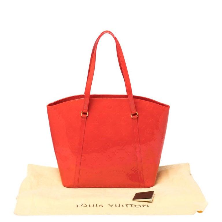 Louis Vuitton Rouge Grenadine Monogram Vernis Avalon GM Bag For Sale 7