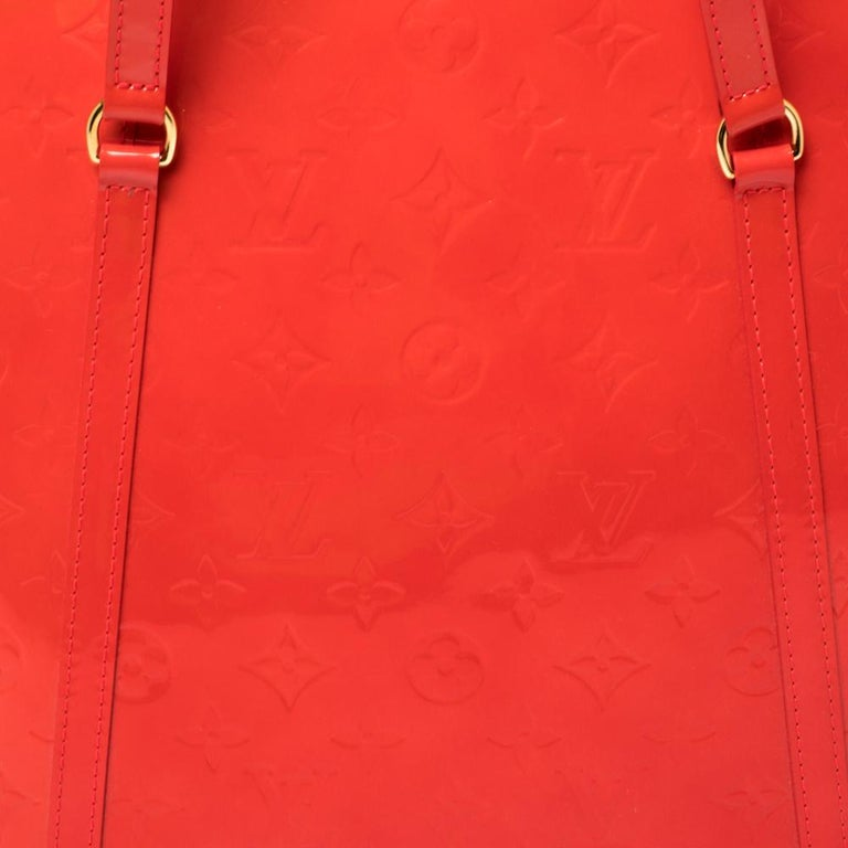 Louis Vuitton Rouge Grenadine Monogram Vernis Avalon GM Bag For Sale 3