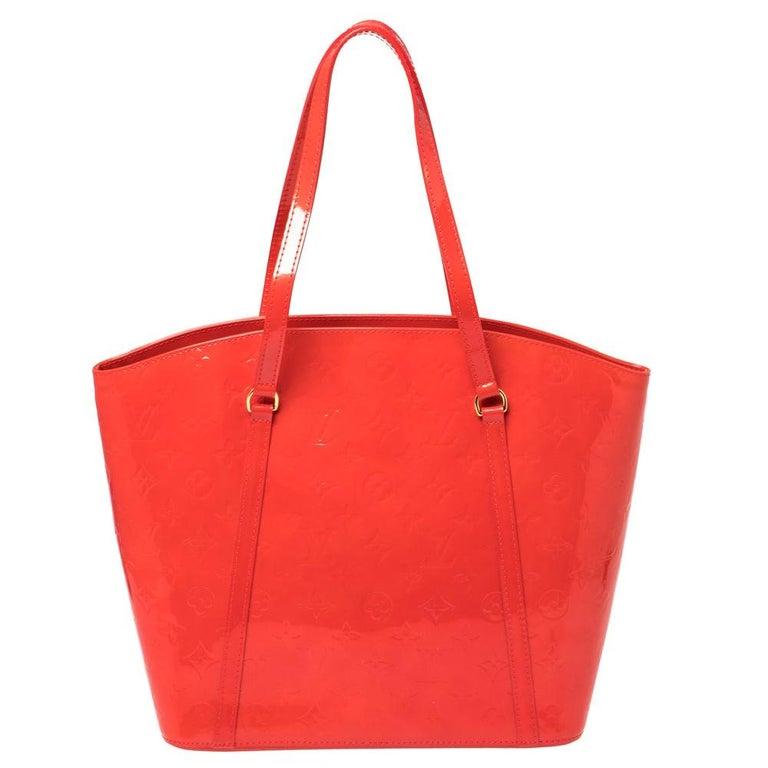 Louis Vuitton Rouge Grenadine Monogram Vernis Avalon GM Bag For Sale