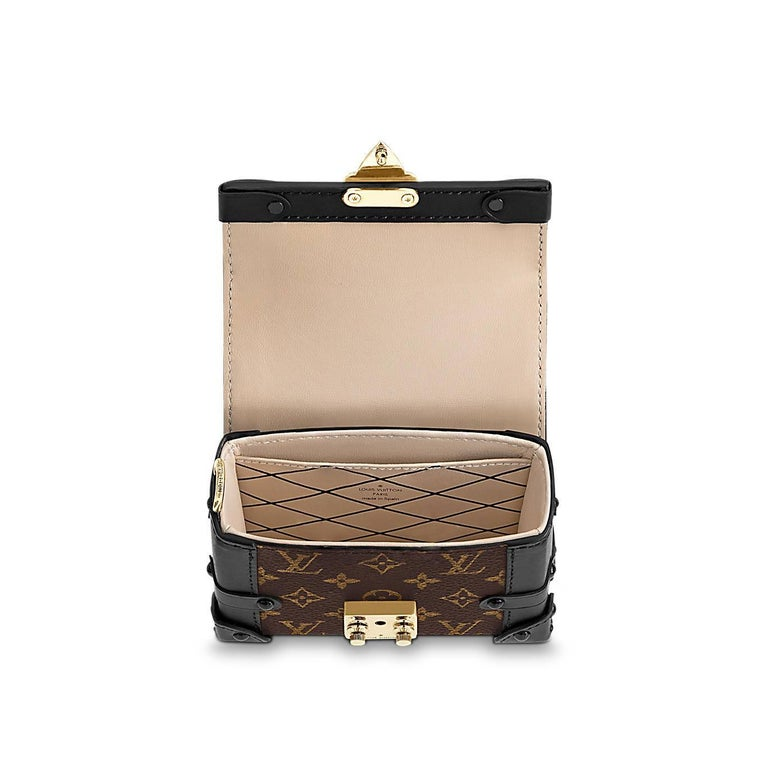 Louis Vuitton Runway Miniature Essential Trunk Bag In New Condition For Sale In Hollywood, FL
