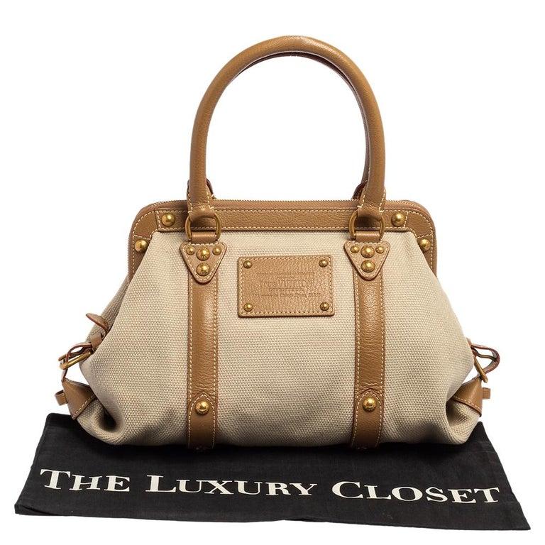 Louis Vuitton Sac de Nuit Toile Limited Edition Trianon GM Bag In Good Condition For Sale In Dubai, Al Qouz 2