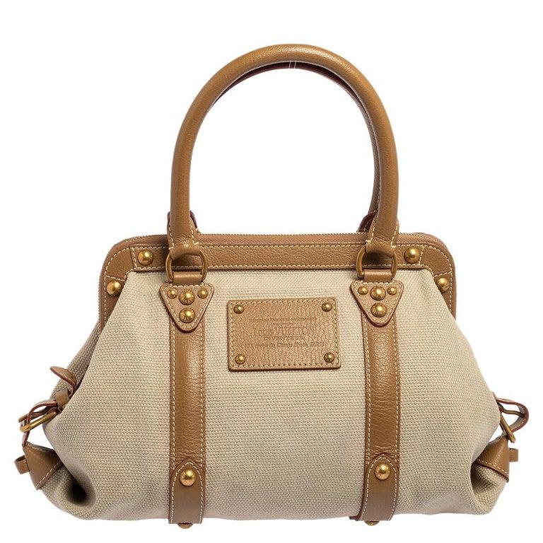 Women's Louis Vuitton Sac de Nuit Toile Limited Edition Trianon GM Bag For Sale