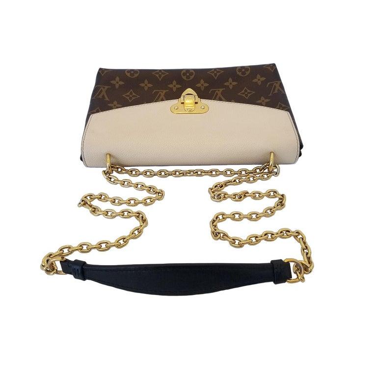 Louis Vuitton Saint-Placide Beige & Brown Monogram Crossbody Handbag In Good Condition For Sale In Columbia, MO
