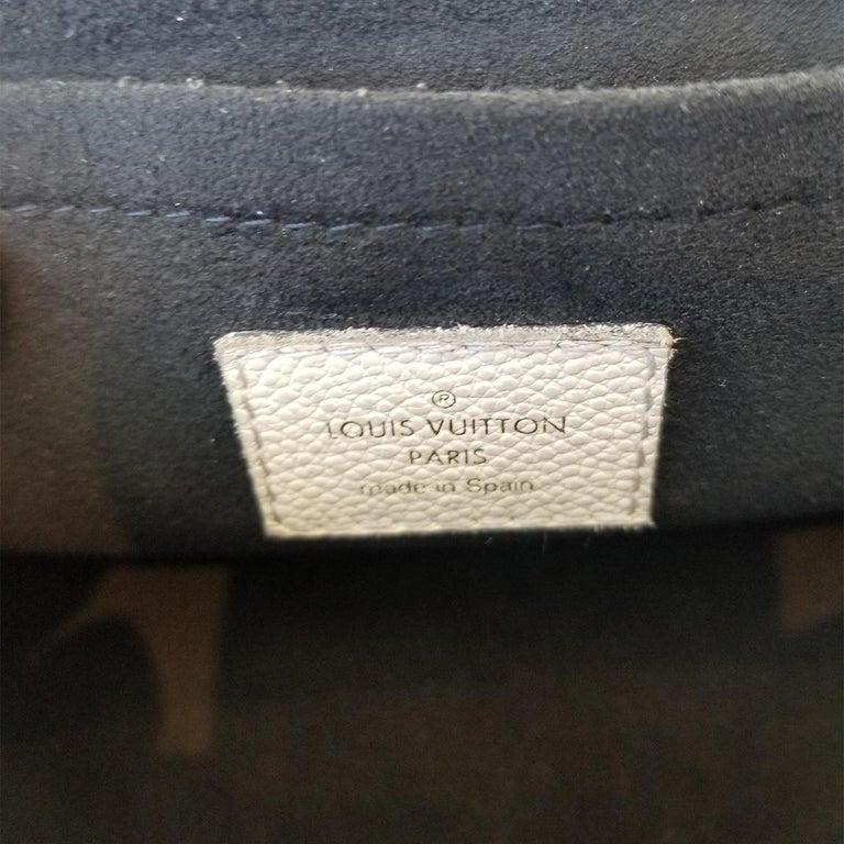 Louis Vuitton Saint-Placide Beige & Brown Monogram Crossbody Handbag For Sale 3