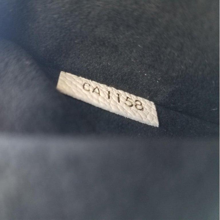 Louis Vuitton Saint-Placide Beige & Brown Monogram Crossbody Handbag For Sale 4