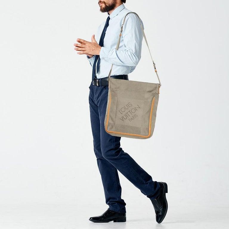 Brown Louis Vuitton Sand Damier Geant Canvas Vertical Messenger Bag For Sale