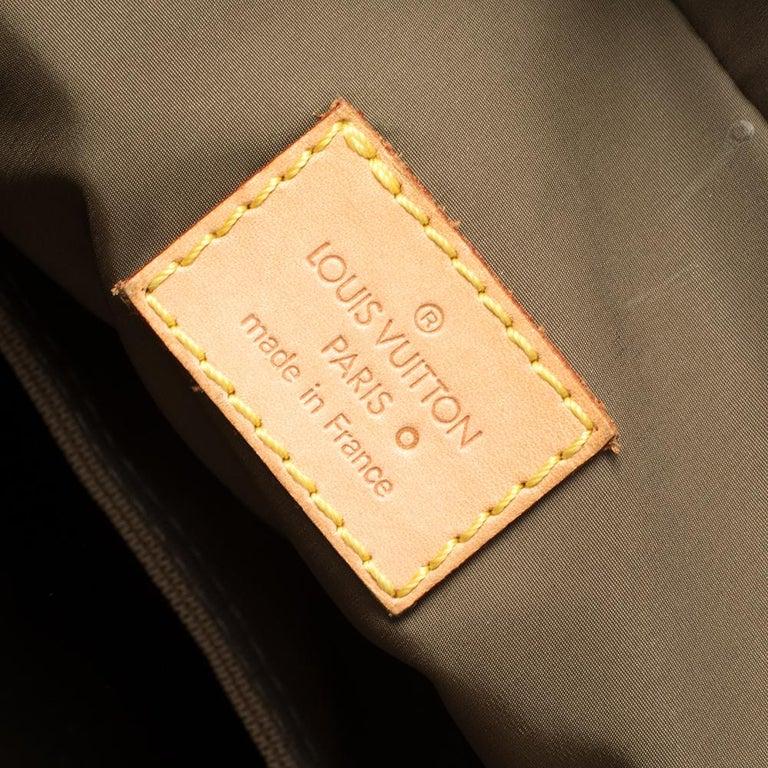 Louis Vuitton Sand Damier Geant Canvas Vertical Messenger Bag For Sale 3
