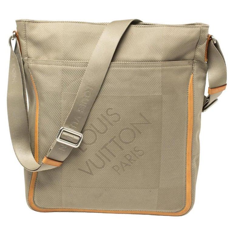 Louis Vuitton Sand Damier Geant Canvas Vertical Messenger Bag For Sale
