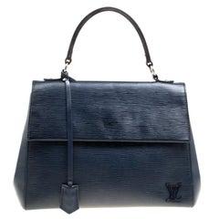 Louis Vuitton Saphir Epi Leather Cluny MM Bag