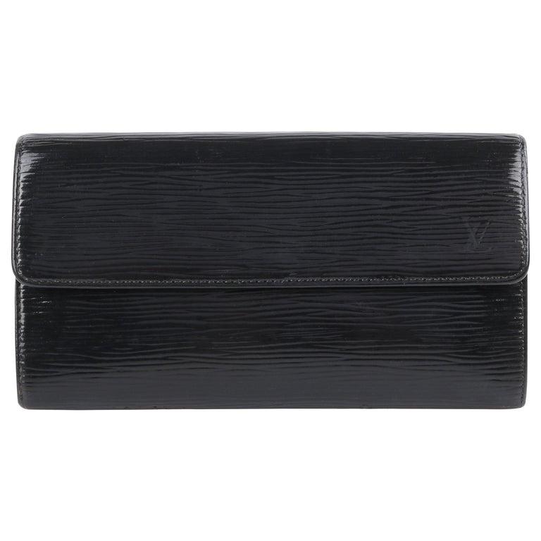 """LOUIS VUITTON """"Sarah"""" Noir Black Electric Epi Leather Front Flap LV Logo Wallet  For Sale"""